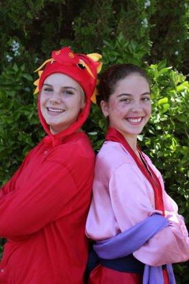 Mushu (Vivian Knee) and Mulan (Julia Yaklich) in Mulan Jr. (2012)
